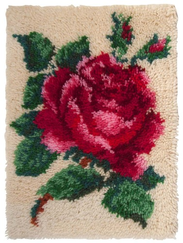 19.001 Latch Hook 38x51cm Single Rose