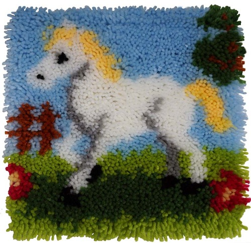 20.013 Latch Hook 30x30cm Pretty Pony