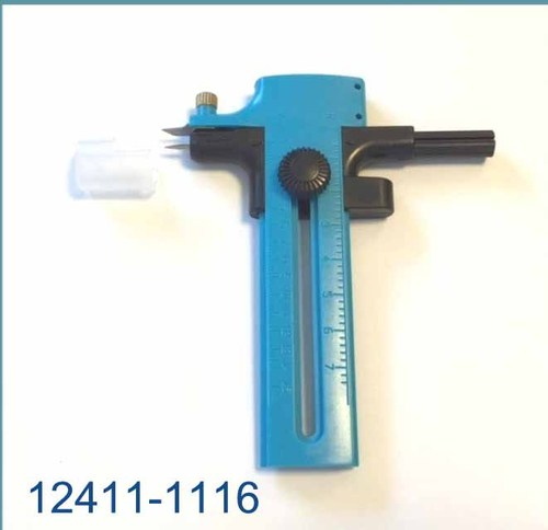 12411-1116 Circle Cutter (for cutting circles of 10-150mm), blue, 1 pce + 2 spare blades